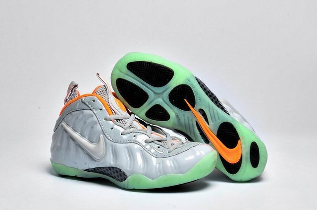 air foamposite one women-003